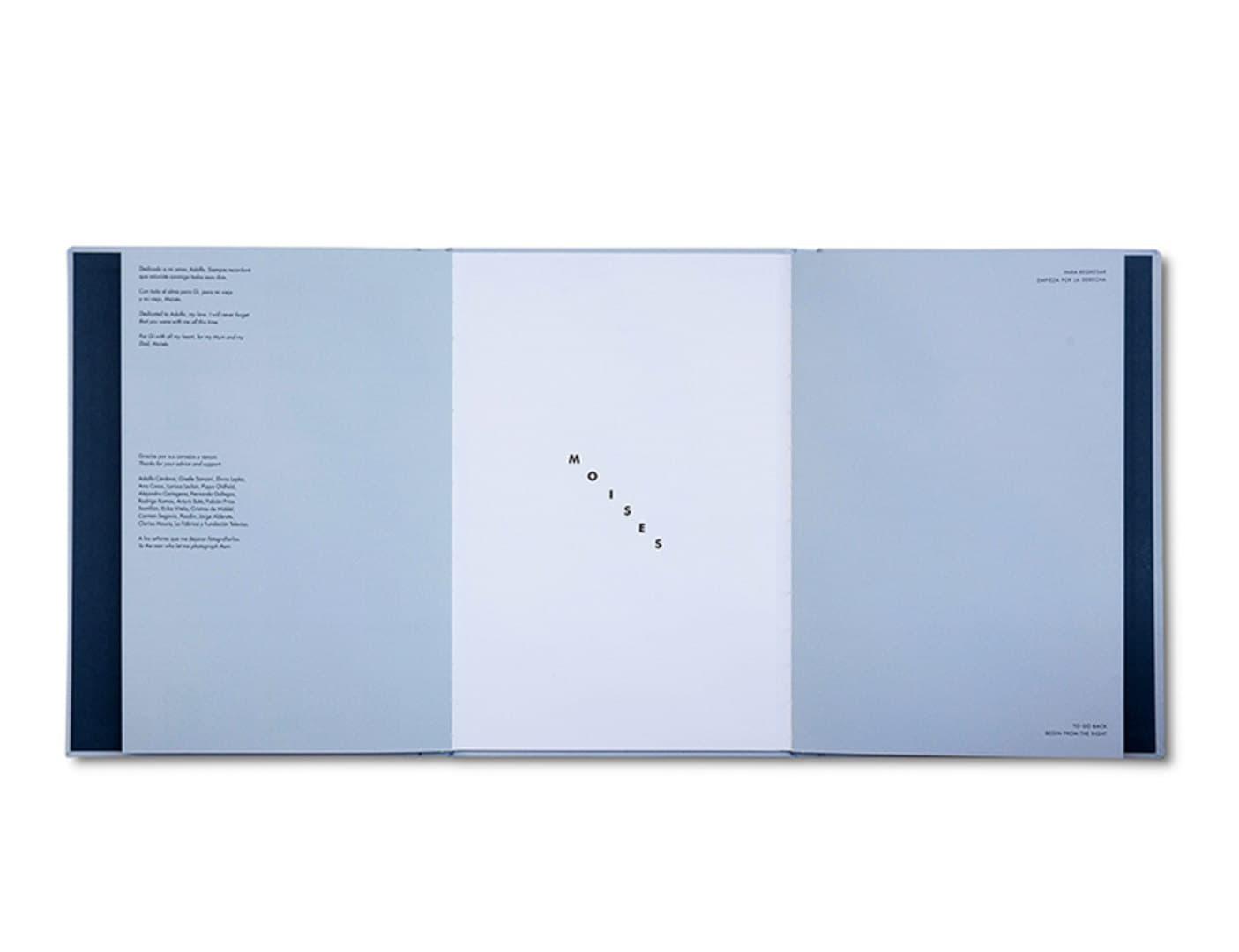 011-moises_book